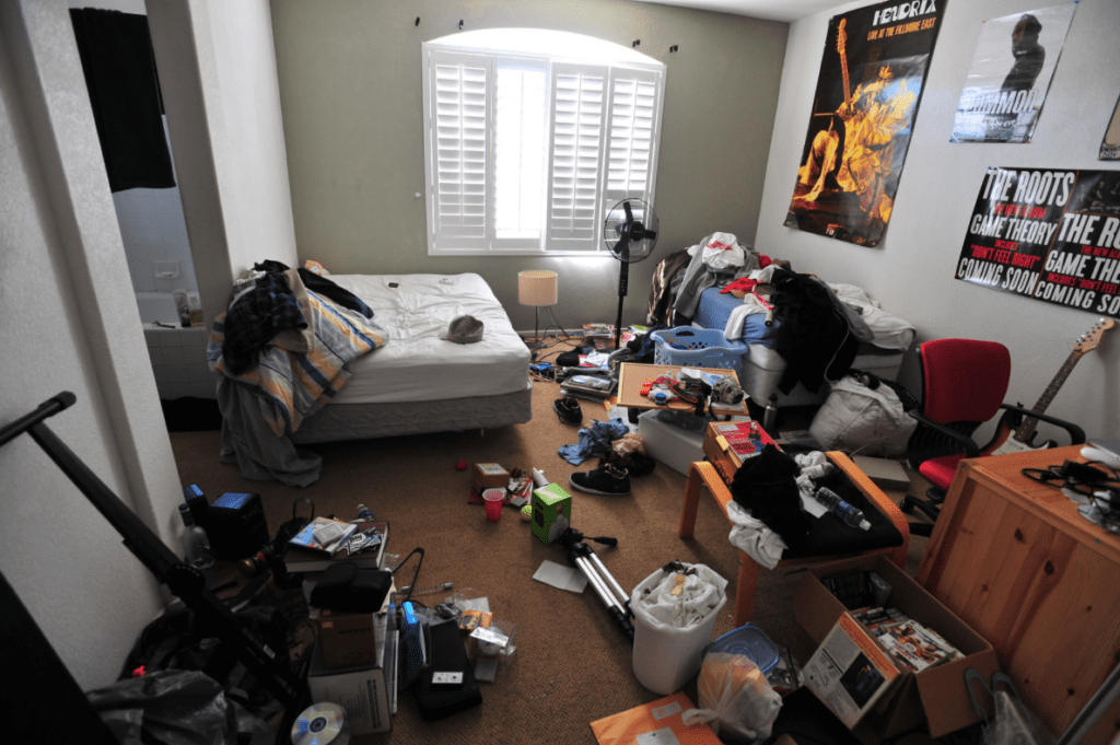 mess in the dormitory